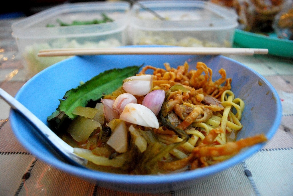 A traditional Khao Soi dish